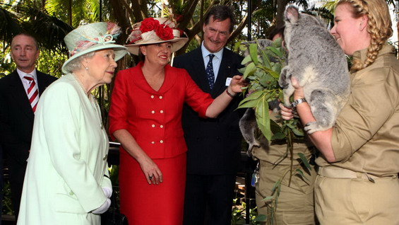 Кралицата Елизабета II