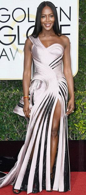 Наоми Кембел во Versace